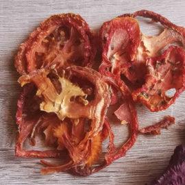chipsy-tomat